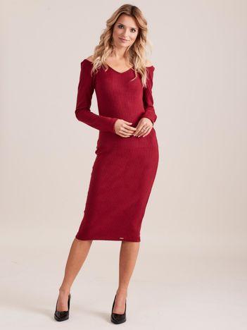 Bordowa dopasowana sukienka cold shoulder