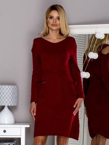 Bordowa sukienka dzianinowa cut out