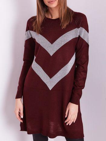 Bordowy długi sweter z błyszczącym wzorem