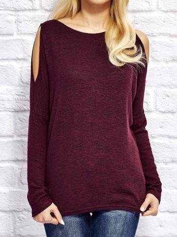 Bordowy melanżowy sweter z wycięciami