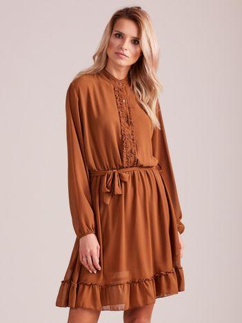 Brązowa sukienka damska z falbankami