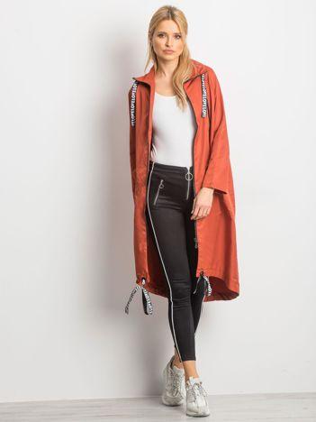 Brązowy płaszcz Flatscreen
