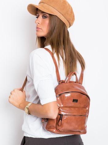 Brązowy plecak z ekoskóry