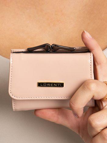 Brudnoróżowy mały portfel damski