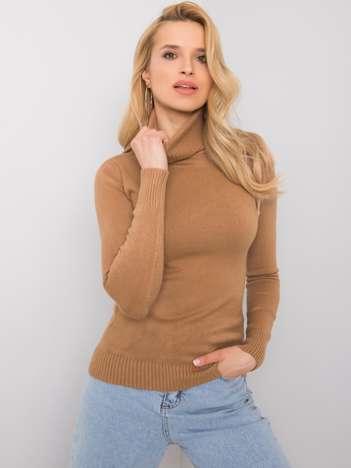 Camelowy sweter z golfem Polly