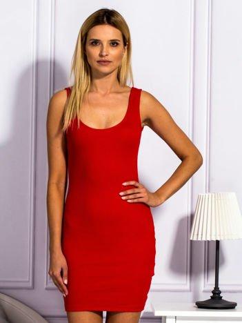 Ciemnoczerwona prążkowana sukienka
