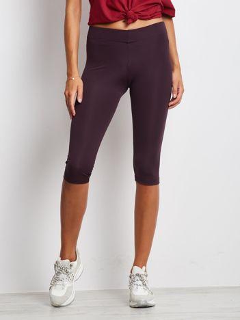 Ciemnofioletowe krótkie legginsy fitness o średniej grubości