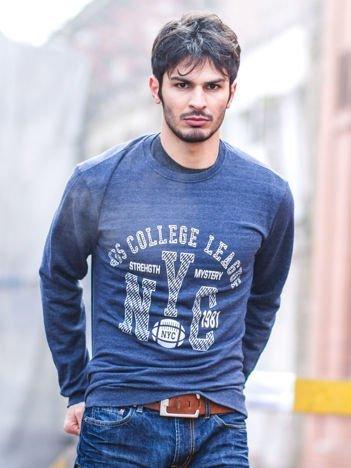 Ciemnoniebieska bluza męska z baseballowym nadrukiem