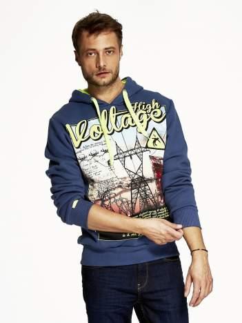 Ciemnoniebieska bluza męska z industrialnym nadrukiem