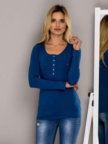 Ciemnoniebieska bluzka na guziki
