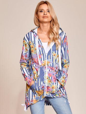 Ciemnoniebieska rozpinana bluza w kwiaty z kapturem i dłuższym tyłem