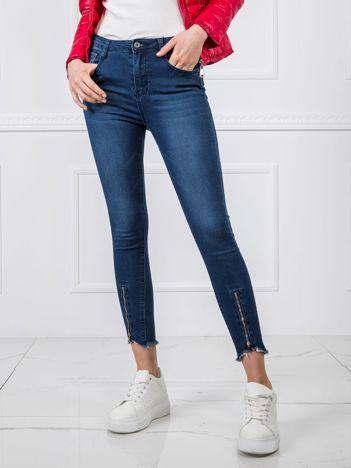 Ciemnoniebieskie jeansy Haley