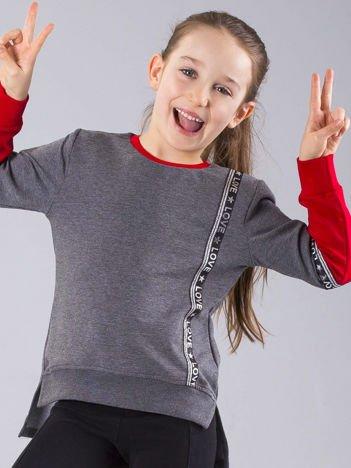 Ciemnoszara bluza dziewczęca z aplikacją i napisami