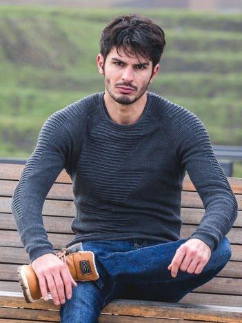 Ciemnoszary sweter męski z zygzakiem