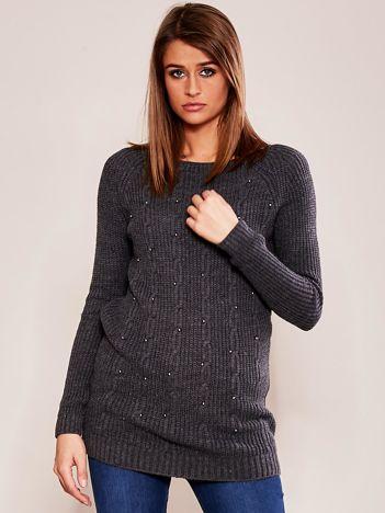 Ciemnoszary sweter z aplikacją
