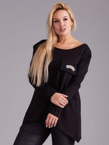 Czarna asymetryczna bluzka z kieszenią PLUS SIZE