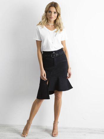 Czarna asymetryczna jeansowa spódnica