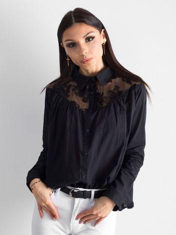 Czarna bluzka z koronką