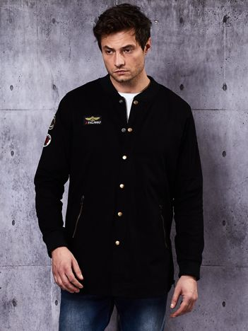 Czarna kurtka męska z naszywkami