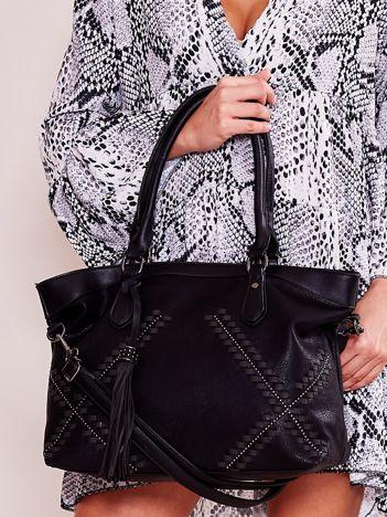 Czarna miękka torba z chwostem