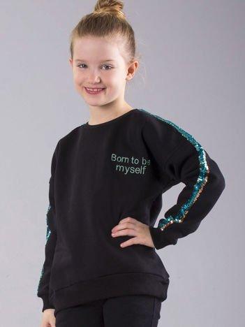 Czarna ocieplana bluza dziewczęca z cekinami na rękawach