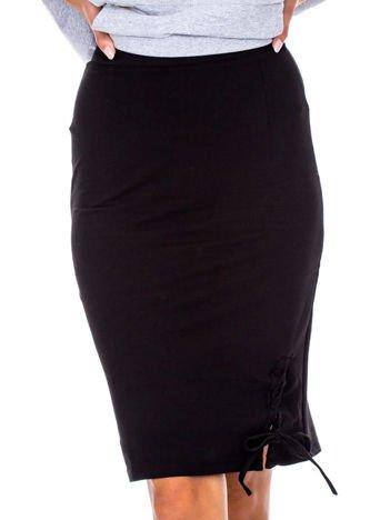 Czarna ołówkowa spódnica ze sznurowaniem