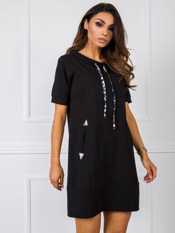 Czarna sukienka Carmen