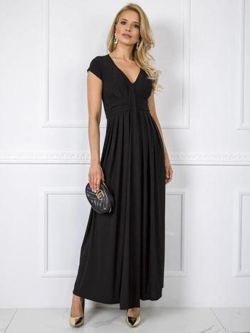 Czarna sukienka Chrissy