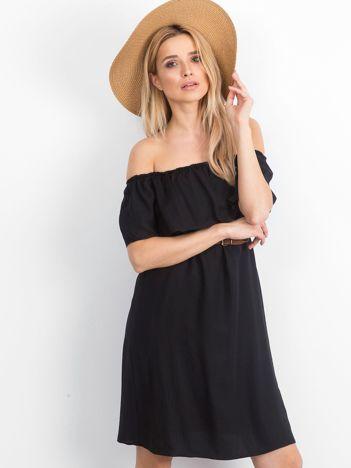Czarna sukienka Reputedly