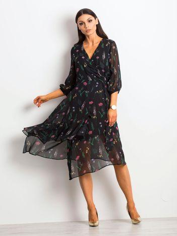 Czarna sukienka Stirred