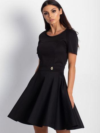 Czarna sukienka Tess
