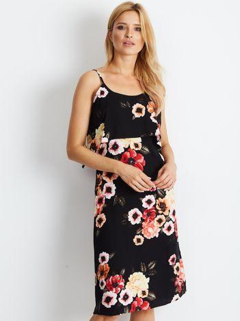 Czarna sukienka w kolorowe desenie kwiatowe