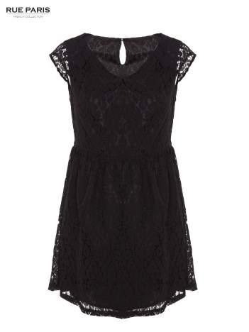Czarna sukienka wieczorowa z koronką