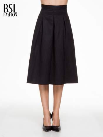 Czarna zamszowa spódnica midi z kontrafałdami