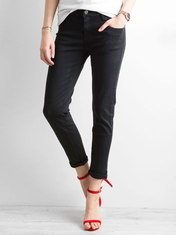 Czarne jeansy regular