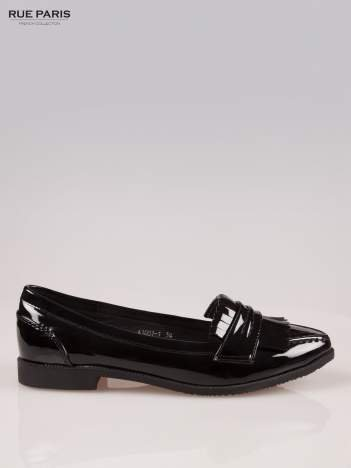Czarne lakierowane mokasyny z noskiem w szpic