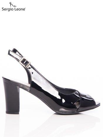 Czarne lakierowane sandały Sergio Leone z ozdobnymi paskami na przodzie na wyższym słupku