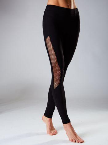 Czarne legginsy z siatkowymi modułami