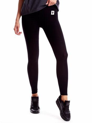Czarne legginsy z szarą gumką w pasie