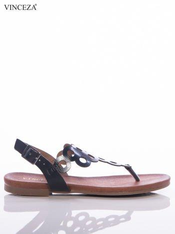 Czarne sandały Vinceza z ozdobnie wycinaną cholewką w kółka