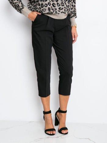 Czarne spodnie Marvel