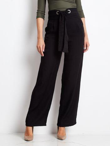 Czarne spodnie Swinging
