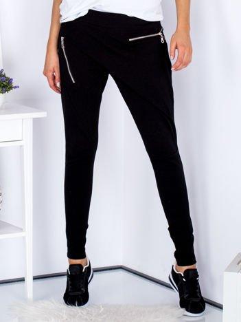 Czarne spodnie dresowe z suwakami
