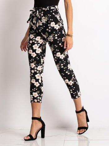 079e2afaf316d5 Spodnie damskie, tanie i modne spodnie dla kobiet – sklep eButik.pl