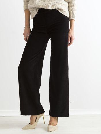 Czarne szerokie spodnie sztruksowe