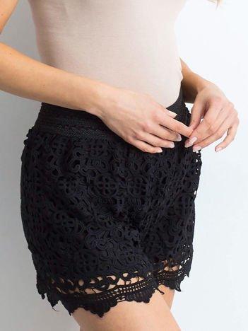 Czarne szorty Crochet