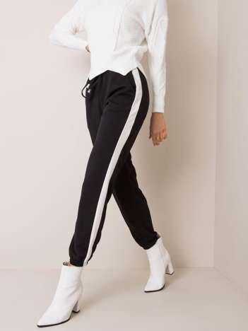 Czarno-białe spodnie Nicky OCH BELLA