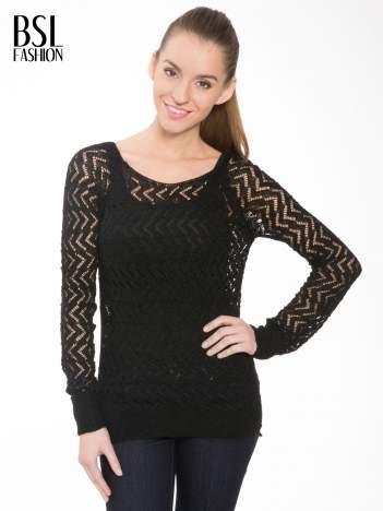 Czarny ażurowy dłuższy sweter