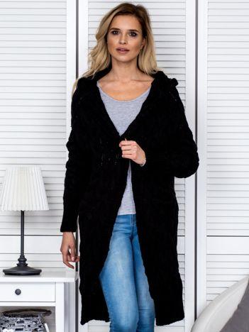 Czarny długi warkoczowy sweter