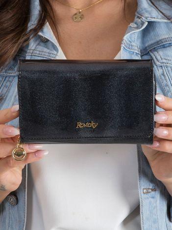 Czarny lakierowany damski portfel ze skóry naturalnej